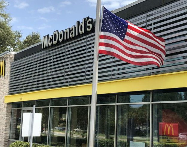 Fact check: McDonald's US flags have not been removed for BLM and antifa
